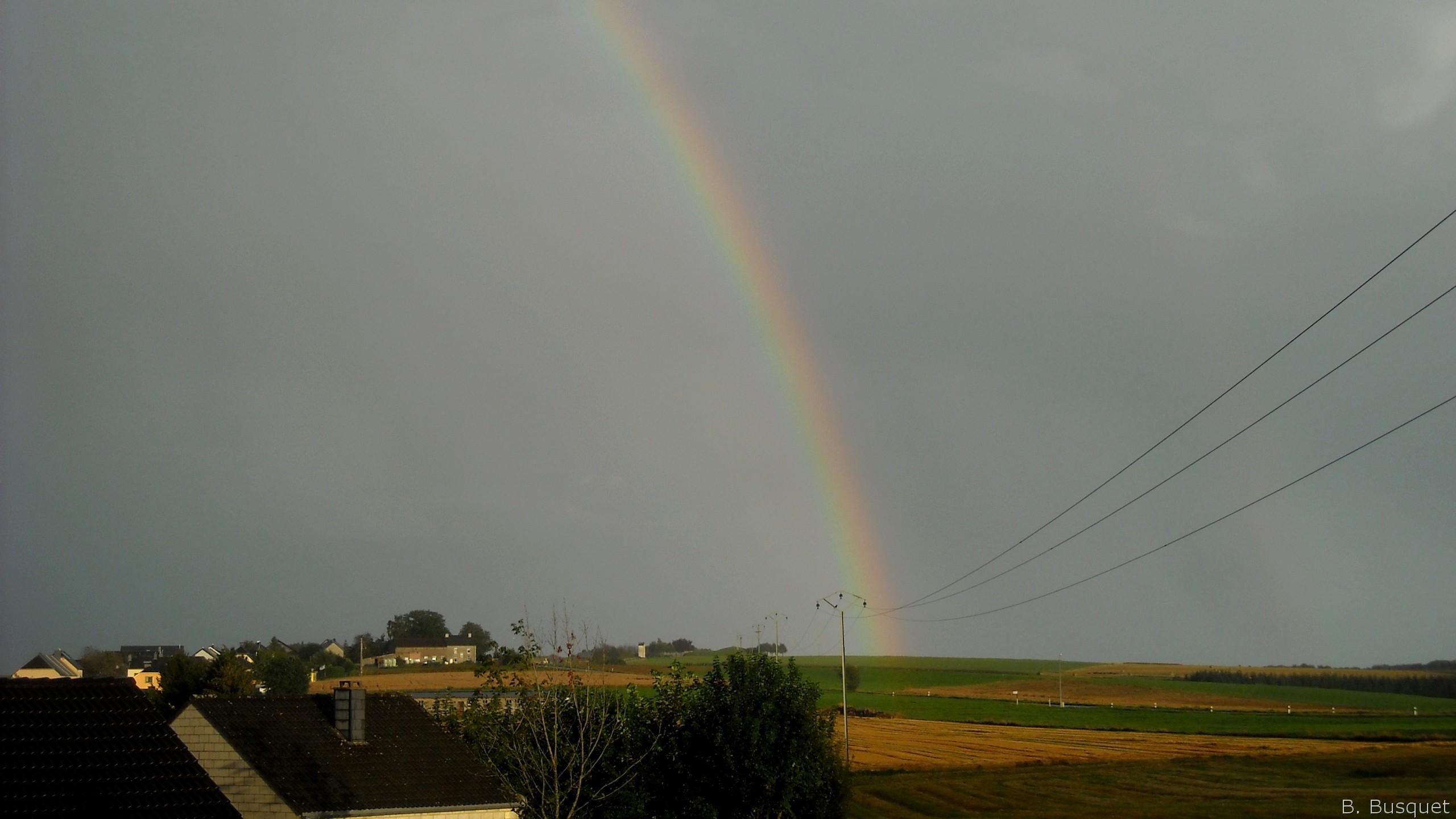 Hd wallpaper rainbow - Hd Wallpaper With A Rainbow