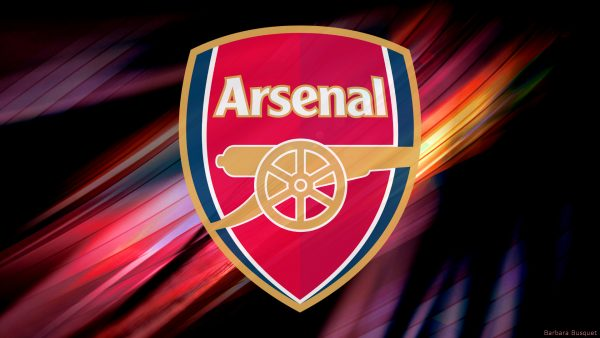 Arsenal wallpaper in red and yellow colors