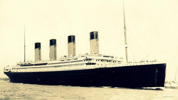 RMS Titanic wallpaper.