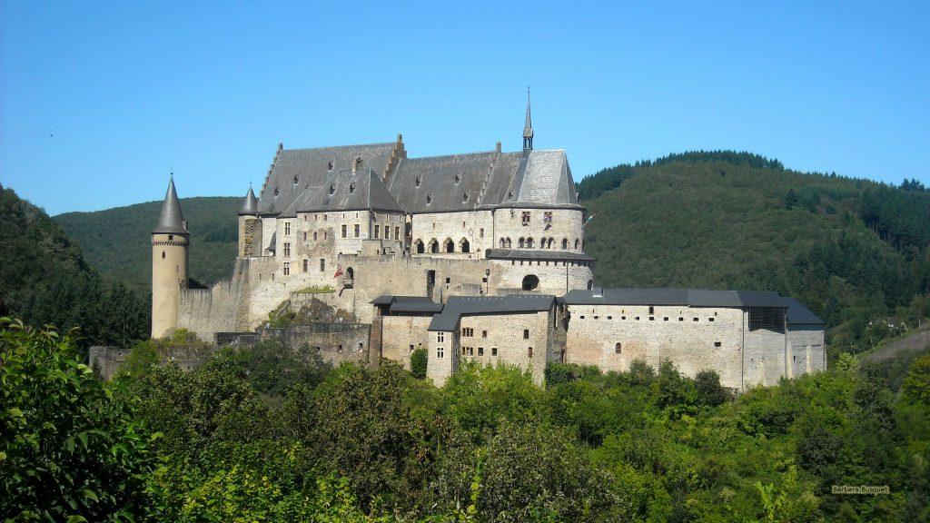 Castle wallpaper in luxemburg