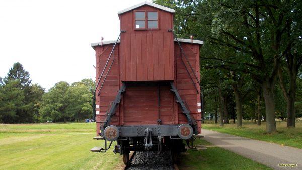 HD wallpaper red train in Westerbork