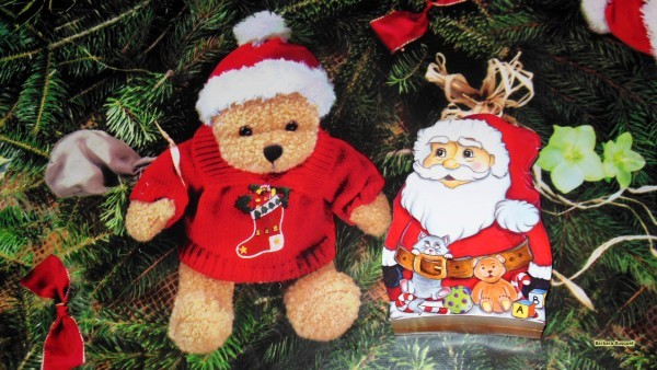 HD wallpaper Christmas bear and Santa Claus