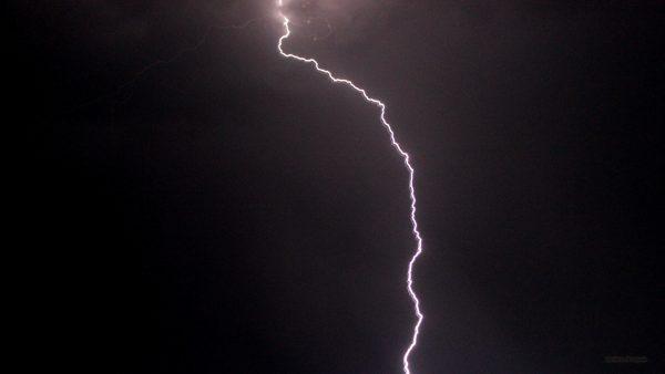 HD wallpaper lightning flash