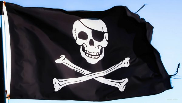 HD wallpaper with pirates flag.