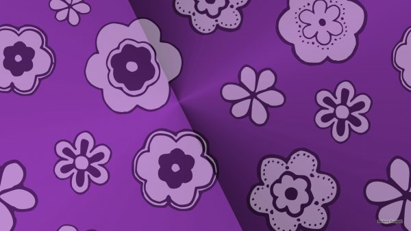 Purple wallpaper with big flowers