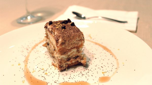 HD wallpaper tiramisu cake