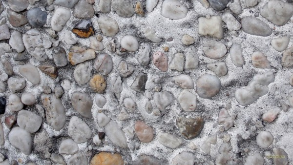Wallpaper concrete wall small stones