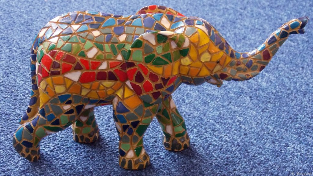 HD wallpaper with colorful mosaic elephant