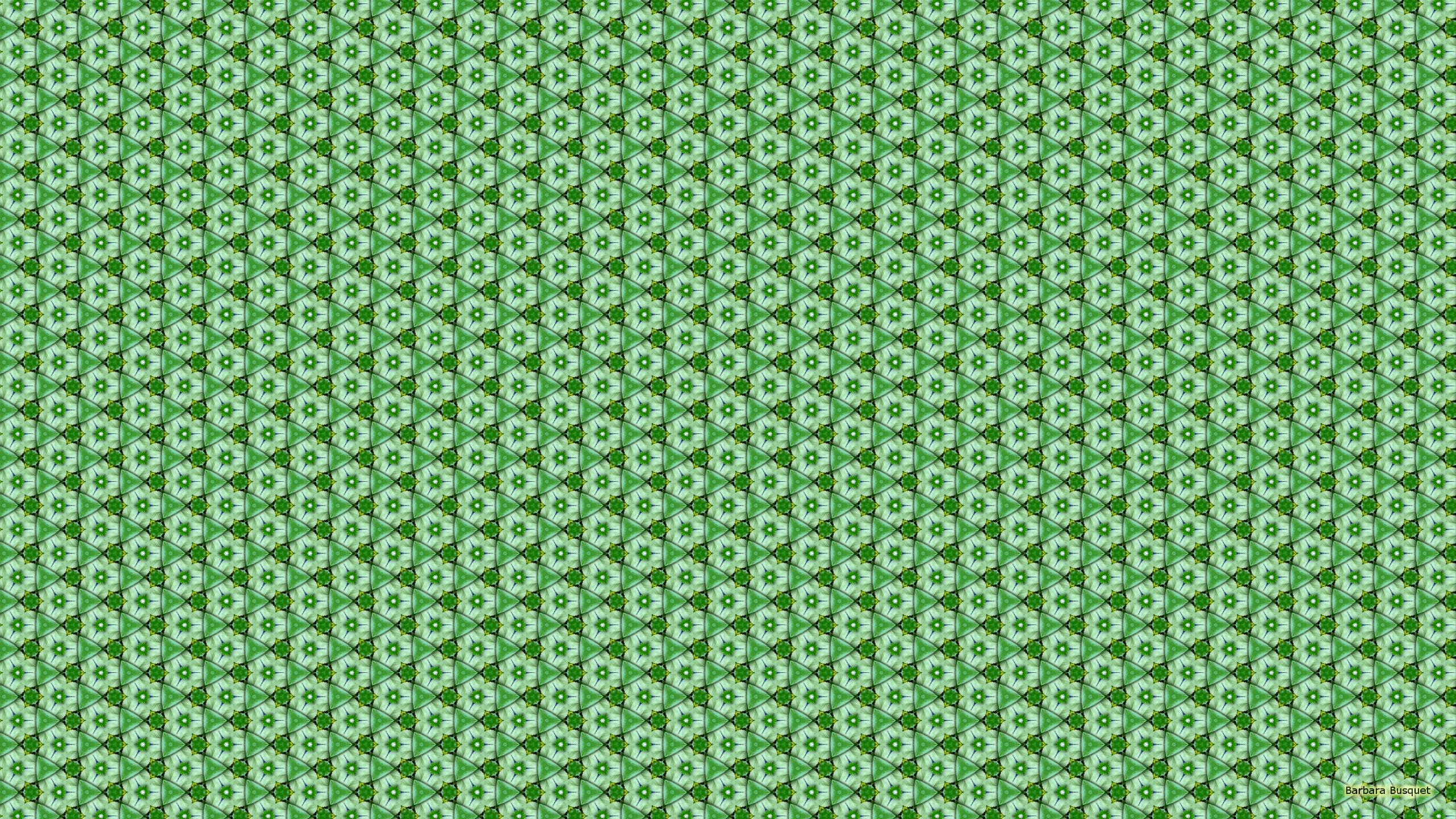 Green White Pattern Wallpaper