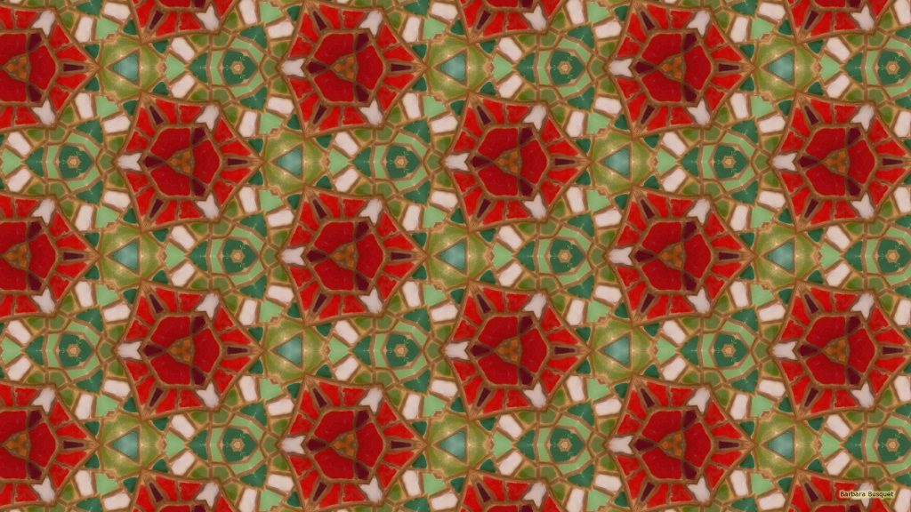 Mosaic wallpaper in green and red colors