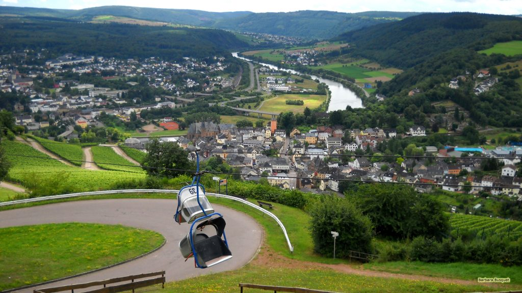 HD wallpaper Chairlift above road