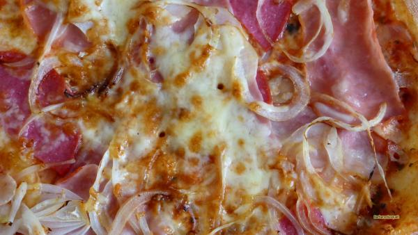 HD wallpaper pizza topping