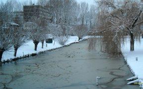 HD wallpaper canal in winter