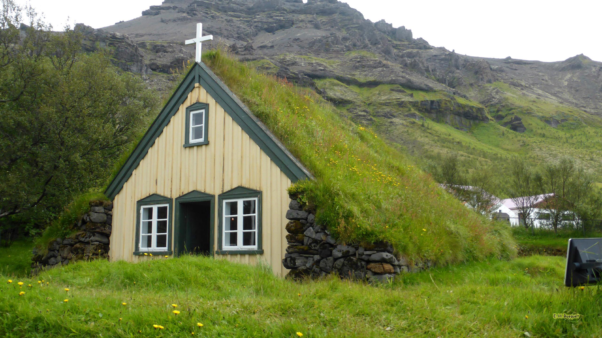 Hofskirkja Church With Grass Roof Barbaras Hd Wallpapers