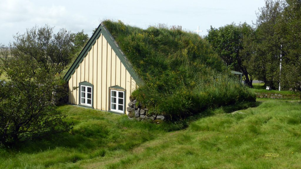 Iceland wallpaper church with grass roof